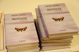 """Nachtfalter | Perperık-a Söe"" von Haydar Karataş © Kiezlesereise"